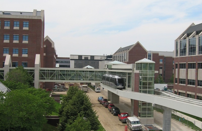 IU Health People Mover Stations & Walkways | Wurster